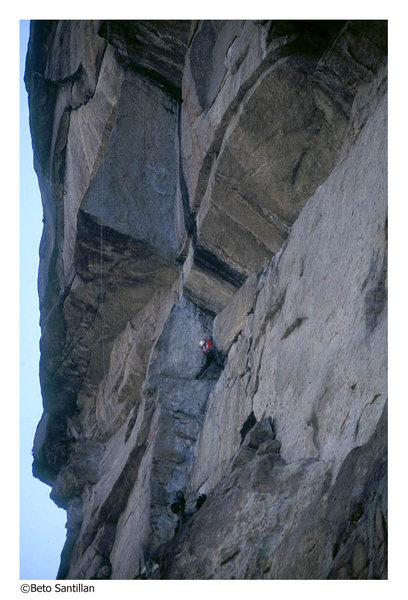 Rock Climbing Photo: Kevin begining the roofer madness pitch