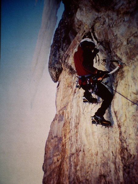 Rock Climbing Photo: The Saber Tooth