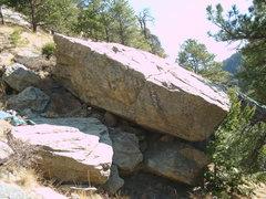 Rock Climbing Photo: Trailside Boulder.