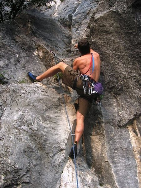Rock Climbing Photo: Start of Fessura del Bonjo