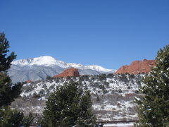 Rock Climbing Photo: Pikes Peak and sandstone from the visitor's center...