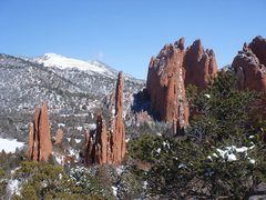 Rock Climbing Photo: Vernal snow, looking north, Garden of the Gods.