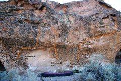 Rock Climbing Photo: Sabres of Paradise Main Wall Topo