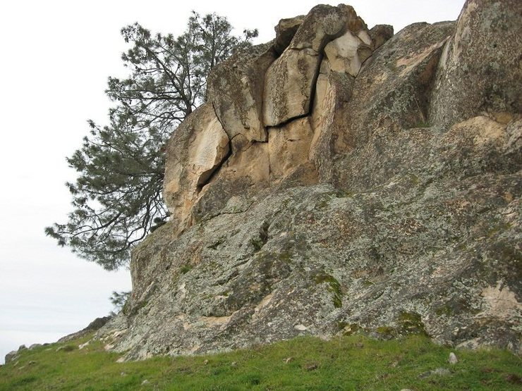 Rock Climbing Photo: Endless features on this lonesome rock.
