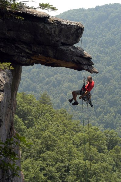 Rock Climbing Photo: Rapping into Endless Wall, New River Gorge, WV. PH...