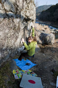 Rock Climbing Photo: Star climbing on U boulder, Mitake.