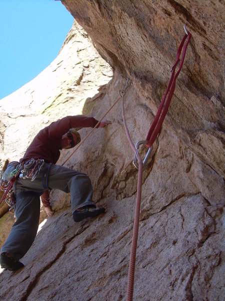 Begining the crux 3rd pitch, it is closely bolted,and very cool!