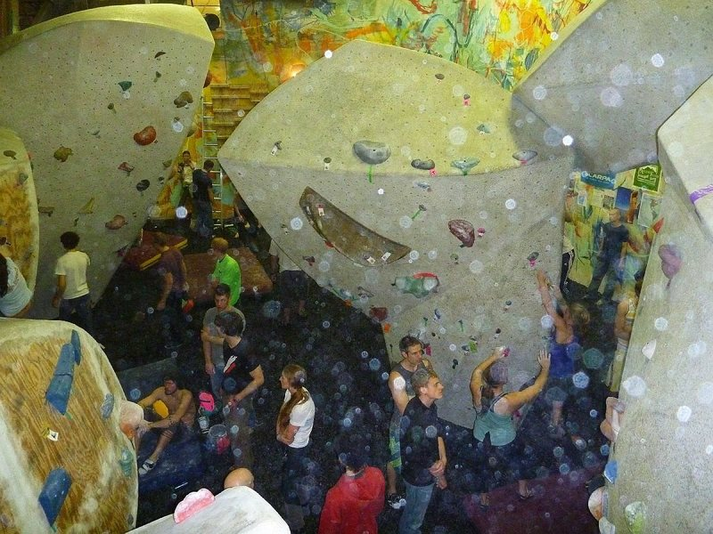 Rock Climbing Photo: 2011 'Best of the Midwest' bouldering comp at Prai...