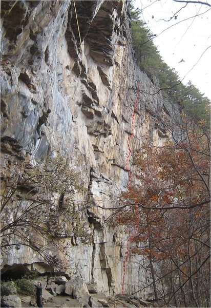 Rock Climbing Photo: Skylore Engine approximately follows the red-dashe...