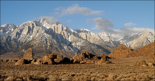 Alabama Hills winter morning.<br> Photo by Blitzo.