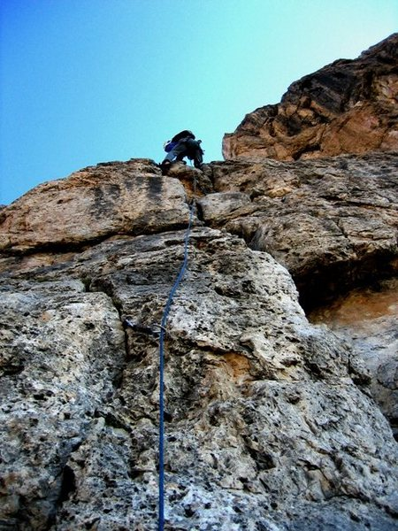 Rock Climbing Photo: Up the somewhat awkward third pitch of the Steger ...