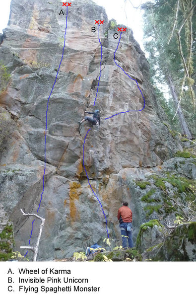 Rock Climbing Photo: doni midway through Invisible Pink Unicorn.