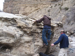 Rock Climbing Photo: Traversing the Honeycomb Boulder.