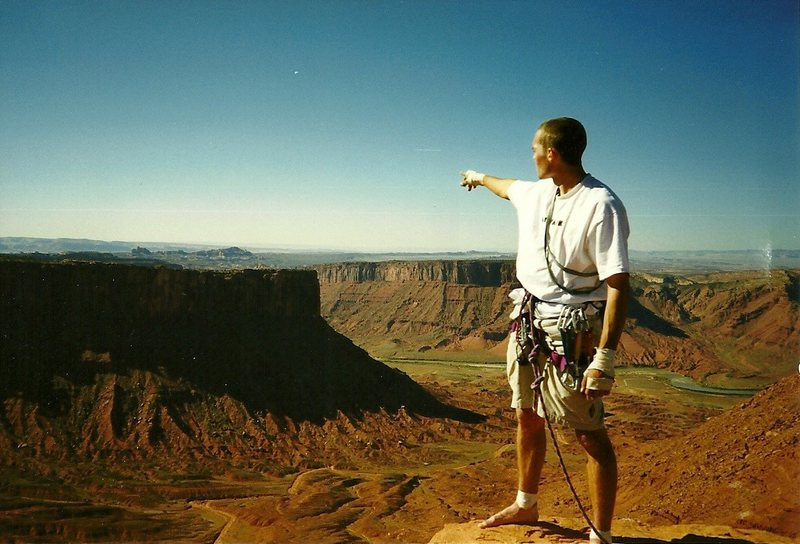 Rock Climbing Photo: Pointing towards Arches NP, 1997.