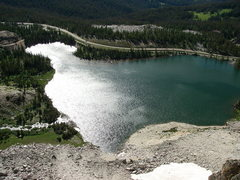 Rock Climbing Photo: Looking down at Lake Maria from the top of the sec...