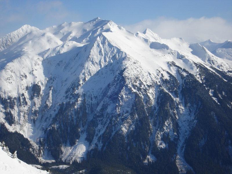 As seen from the Summit ridge of Arrowhead via Verstovia.