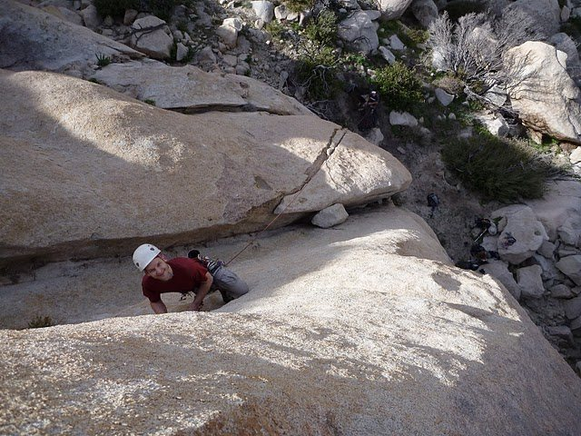 Rock Climbing Photo: Mike Hack getting ready for the traverse on 'Bro's...