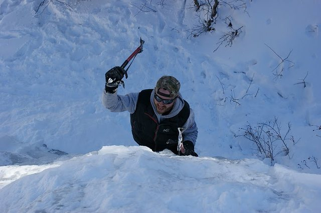 Rock Climbing Photo: Hammering ice