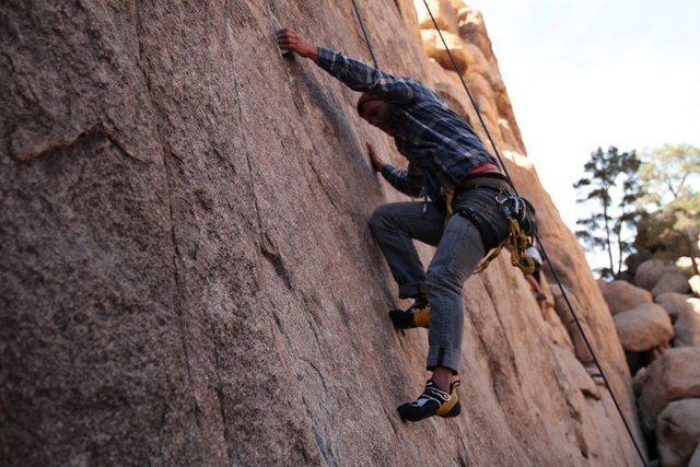 Rock Climbing Photo: Cermony 5.10c...sick start!