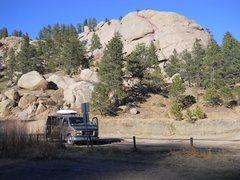 Rock Climbing Photo: Half Dome Crack.  Green - pitch one. Red - crux la...