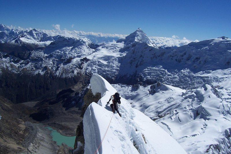the shockingly beautiful ridge. Tollcaraju in the background
