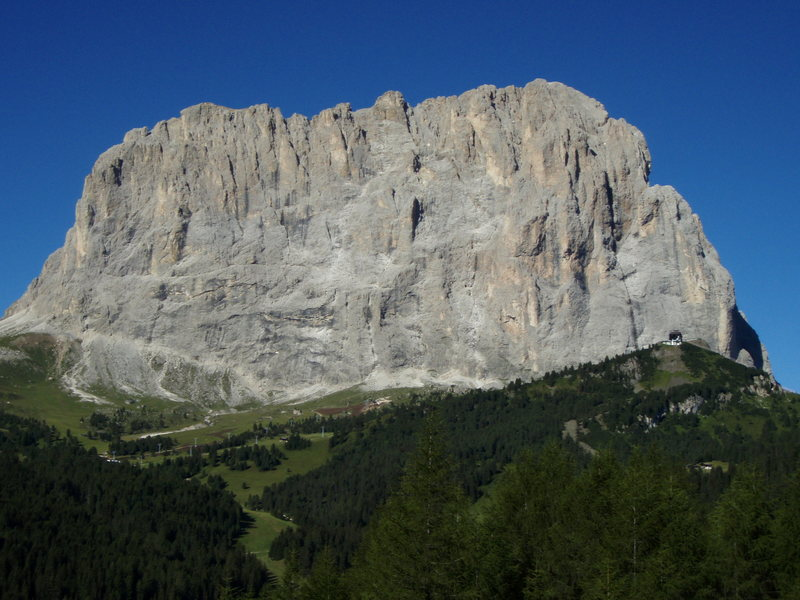 Rock Climbing Photo: East face of Sassolungo