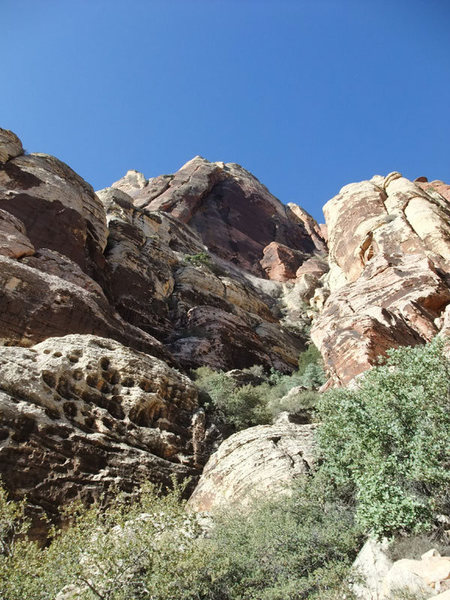 Rock Climbing Photo: nearing the mossy slab (the prominent right-facing...