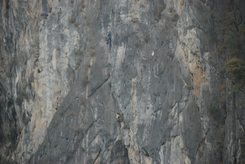 Rock Climbing Photo: Anja and Ken on Screw loose.