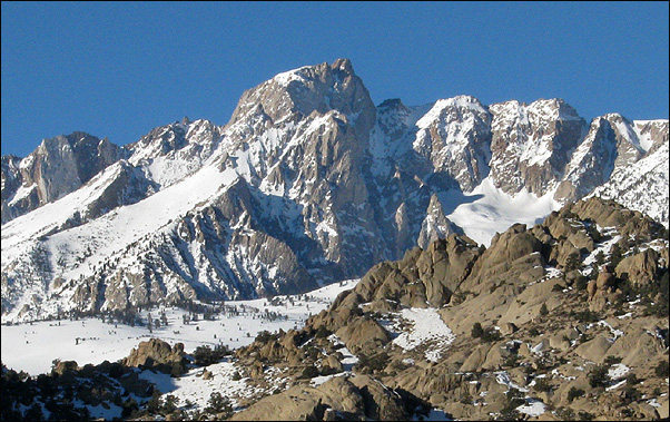 Rock Climbing Photo: Mt. Humphreys from the Buttermilk Country. Photo b...