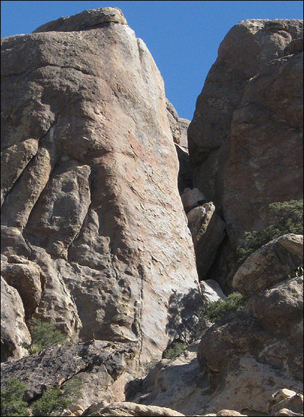 "Rock Climbing Photo: The pretty rock of ""White Rain"". Photo b..."