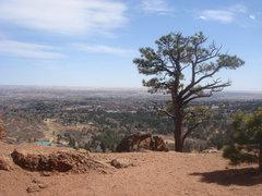 Rock Climbing Photo: Broadmoor from the Pinnacle.