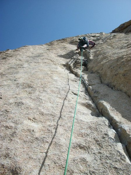 Rock Climbing Photo: Mike Conley leading the 2nd pitch of Bird on a Wir...