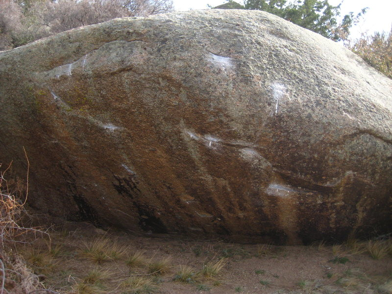 Rock Climbing Photo: Meadow Boulder, The Day After (left) Mini-Boiler (...