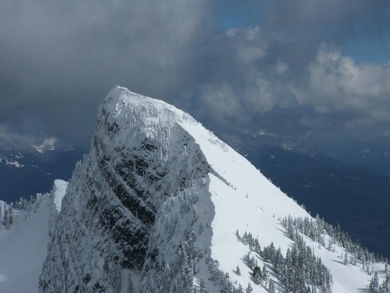 Rock Climbing Photo: Peak to the N.E. of Higgins