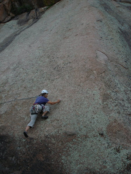 Rock Climbing Photo: Lin Murphy nearing the end of the traverse, 7-10-0...