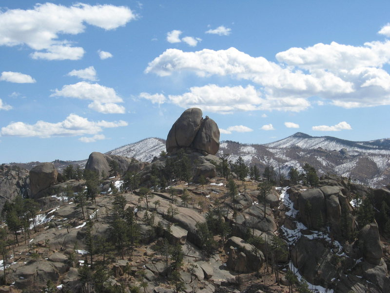 Tick Dome summit boulders.