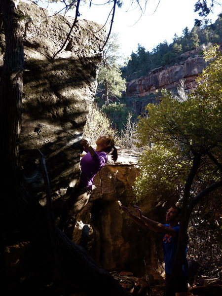 Rock Climbing Photo: Grasshopper Point V4 Arete