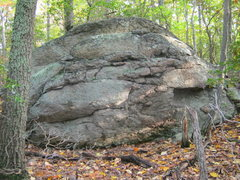 Rock Climbing Photo: Summit of Little Yellow Mtn with moderate boulder ...