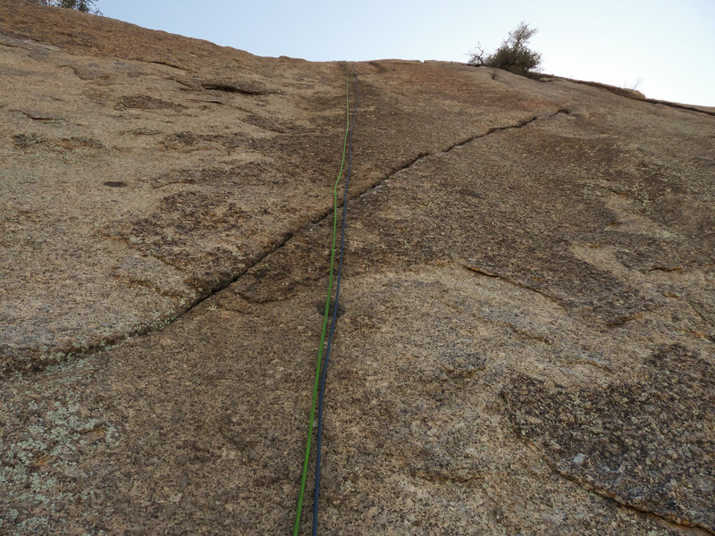 Rock Climbing Photo: Looking up at the second pitch from the hanging be...