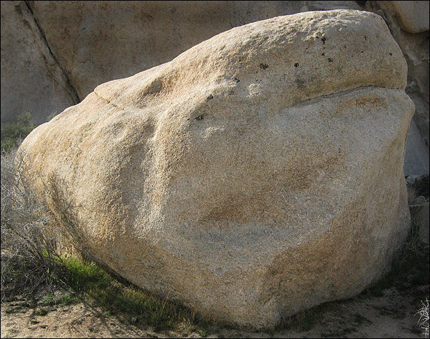 Rock Climbing Photo: Split End Rock. Photo by Blitzo.