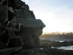 Rock Climbing Photo: workin round the corner
