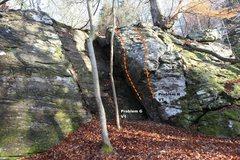 Rock Climbing Photo: East Block Right Topo