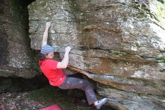 Rock Climbing Photo: Relaxing with the big crimper at hand.