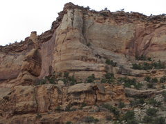Rock Climbing Photo: Little Bighorn Pinnacle and Split Decision, direct...