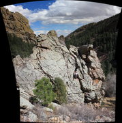 Rock Climbing Photo: View of the south-side of the Cartoon Crag. Modera...