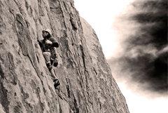 Rock Climbing Photo: Dan D leading Young Lust (5.8+) in the Rock Garden...