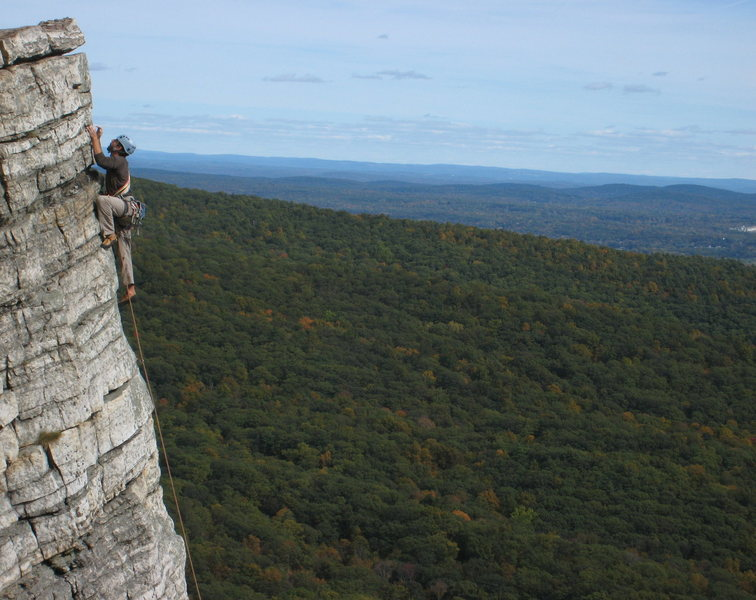 Rock Climbing Photo: Unknown climber finishing off P2