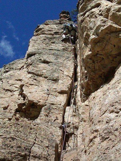 13MAR11 Shelf Road Celena leading her 1st 5.9 climb