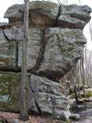 Rock Climbing Photo: Leger boulder, very interesting crack system.
