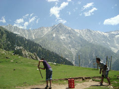 Rock Climbing Photo: a little cricket break at 3500M